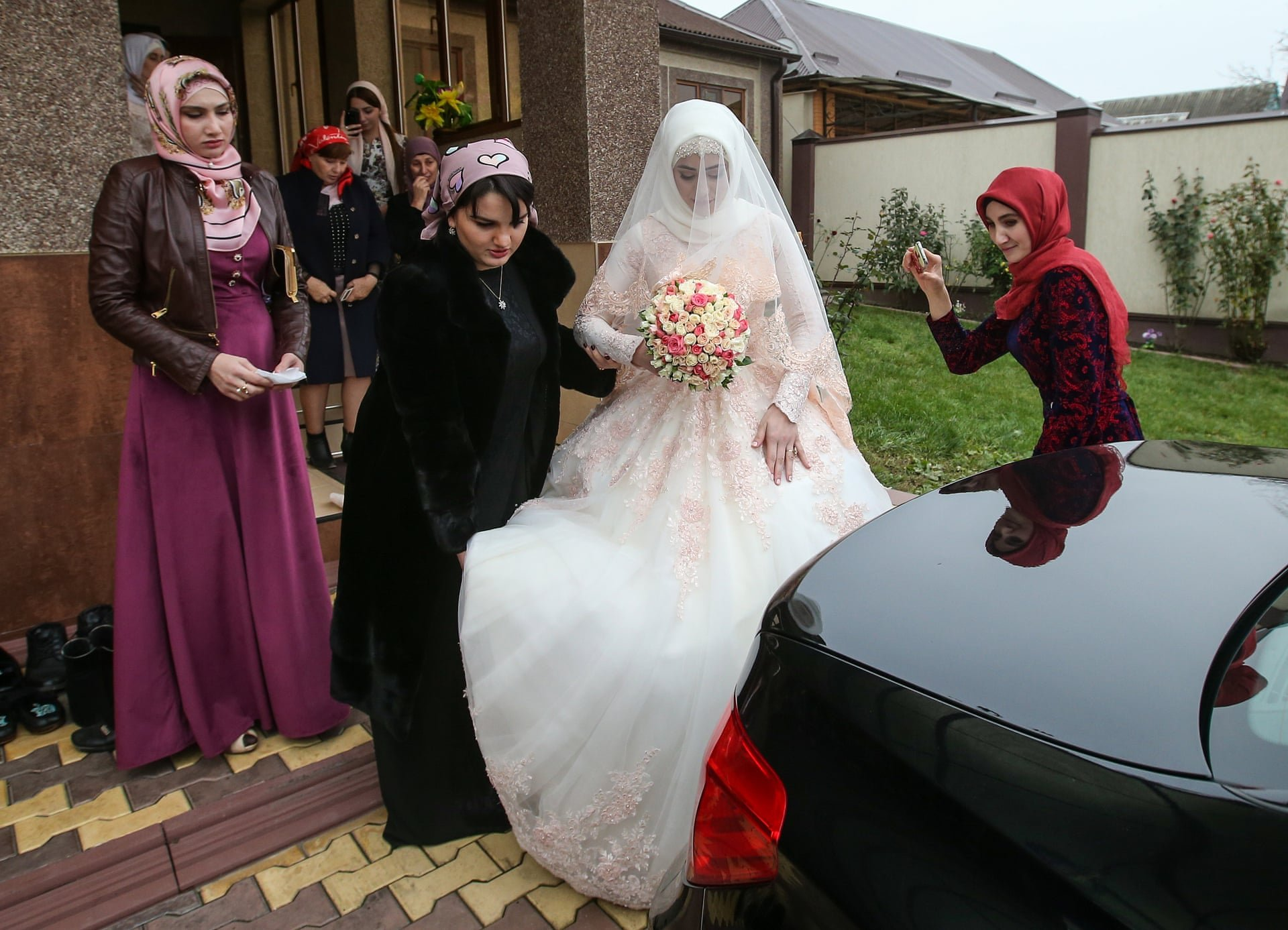 Fun without a bride: what are actually Chechen weddings